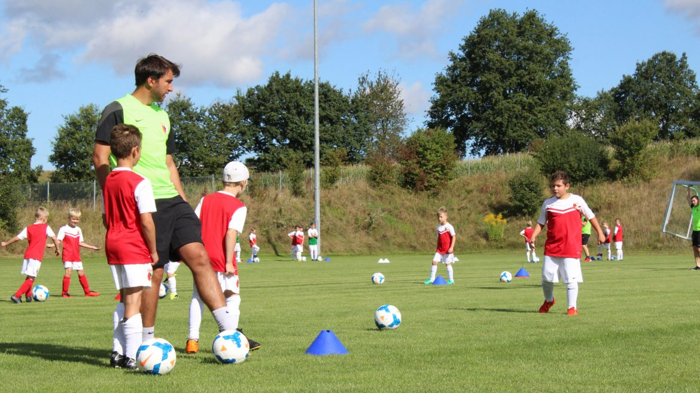 Feriencamp mit dem FC Augsburg